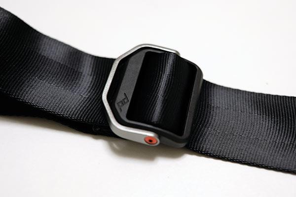 peak designのカメラストラップslideのバックル