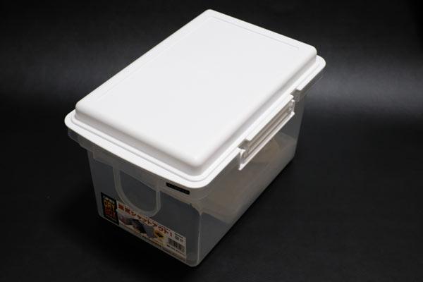 カメラやレンズのカビ防止対策には防湿庫やドライボックスが定番